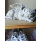 Estatua Perro Angel