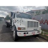 Camión Plataforma International